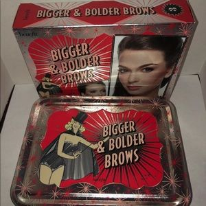 BENEFIT BIGGER & BOLDER BROWS FOR DRAMATIC BROWS